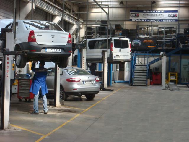 Patronii service urilor auto ies n strad stiri for Banc auto
