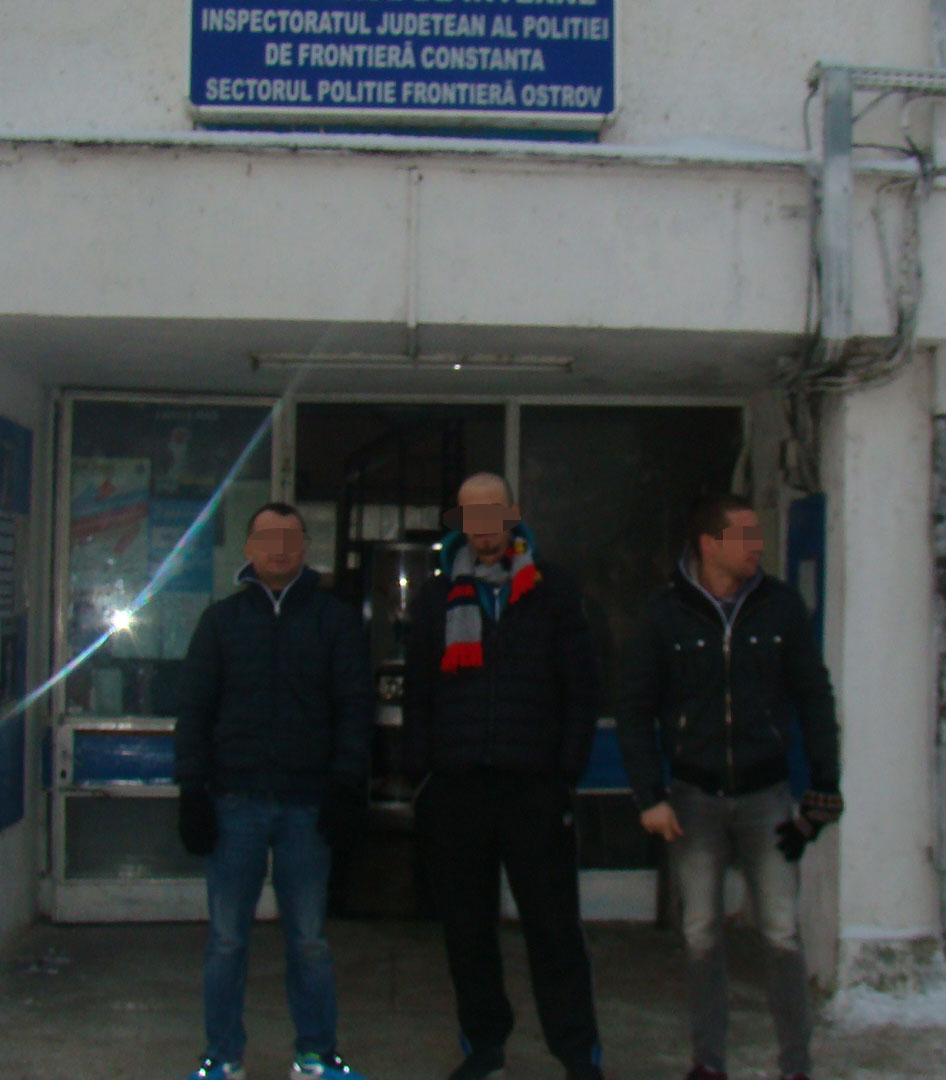 albanezi